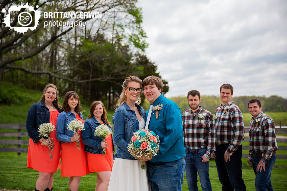 Outdoor-bridal-party-portrait-group-bridesmaids-groomsmen.jpg