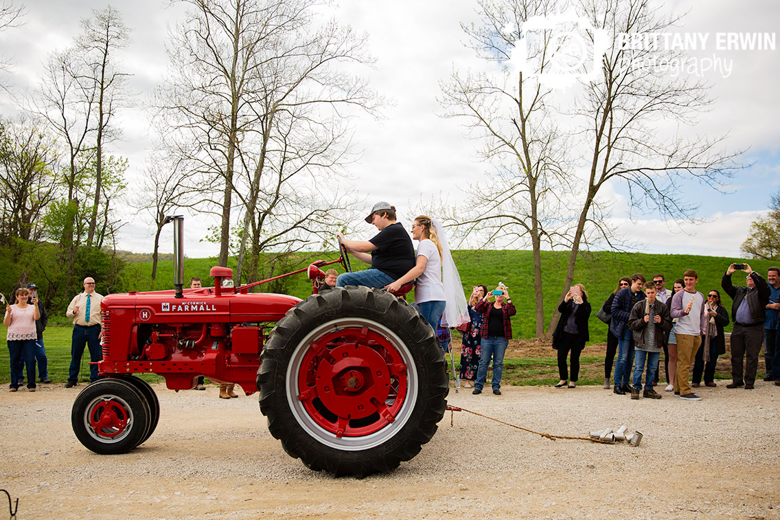 Martinsville-Indiana-wedding-photographer-tractor-getaway-exit.jpg