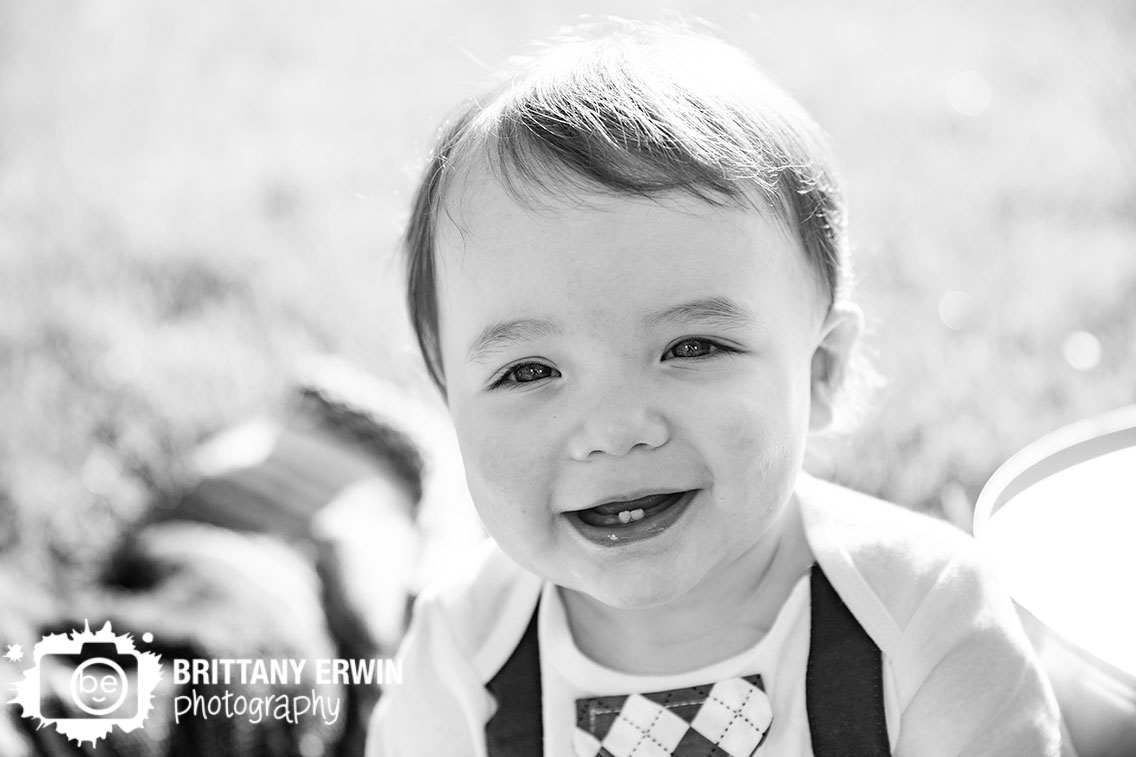 Indiana-spring-portrait-photographer-happy-boy-birthday-tie.jpg