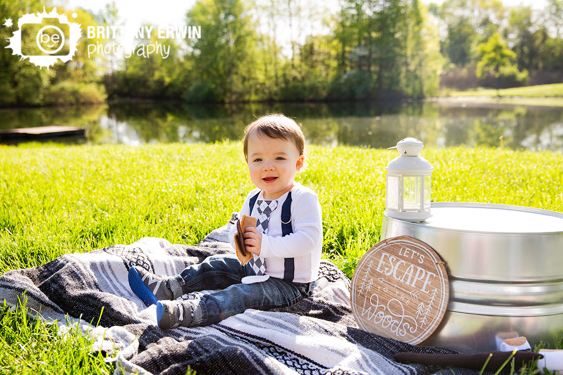 Camby-Indiana-baby-boy-first-birthday-photographer-camping-session.jpg