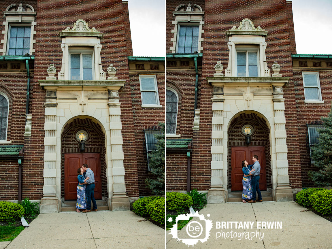 Fountain-Square-church-brick-engagement-portrait-photographer.jpg