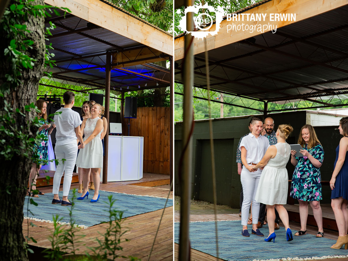 Indianapolis-wedding-ceremony-photographer-couple-exchange-vows.jpg
