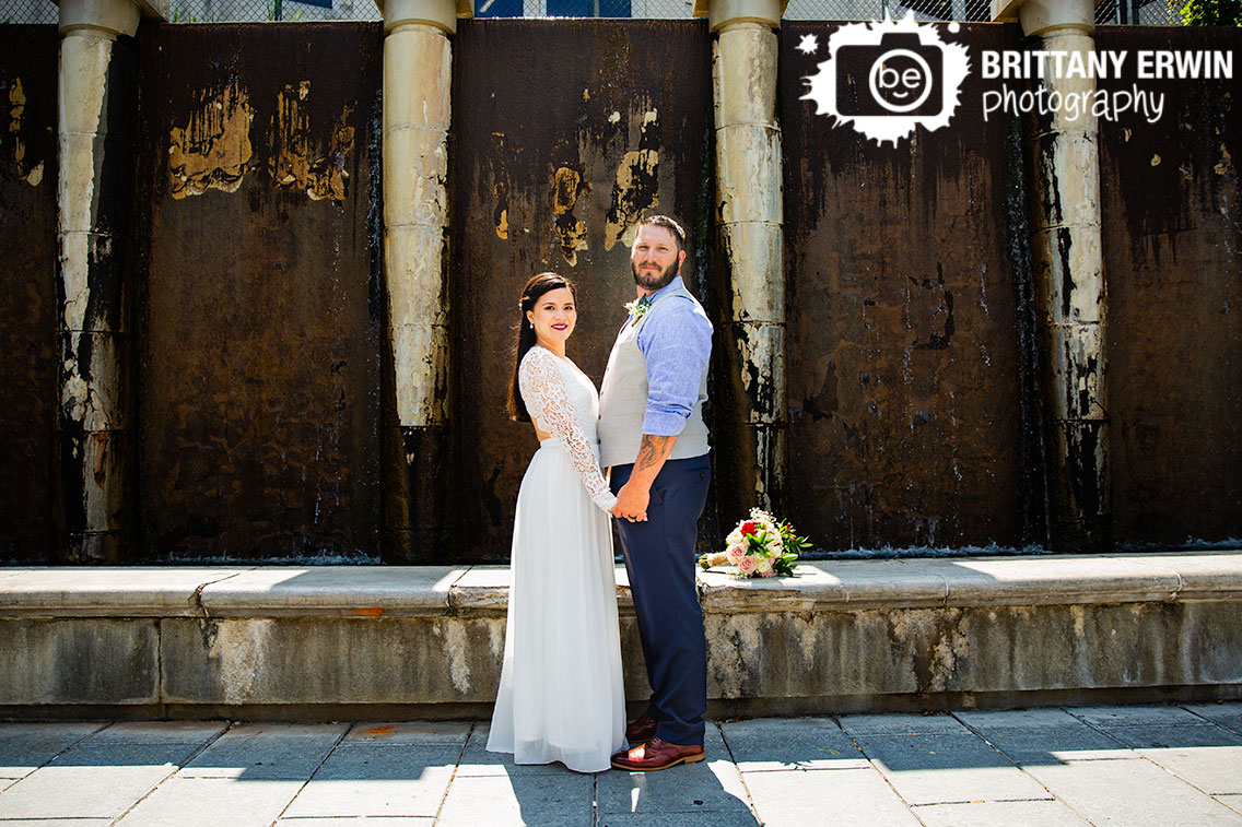 Indianapolis-canal-water-feature-couple-portrait.jpg