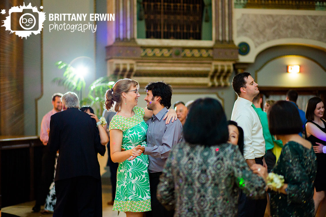 slow-dance-wedding-photographer-reception-fountain-square-theater.jpg