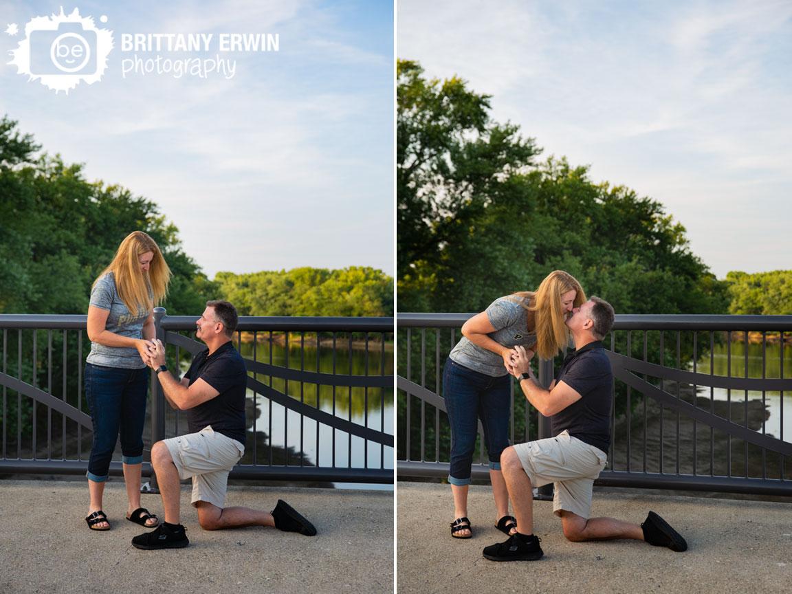Lafayette-Indiana-anniversary-portrait-photographer-surprise-ring-on-one-knee.jpg