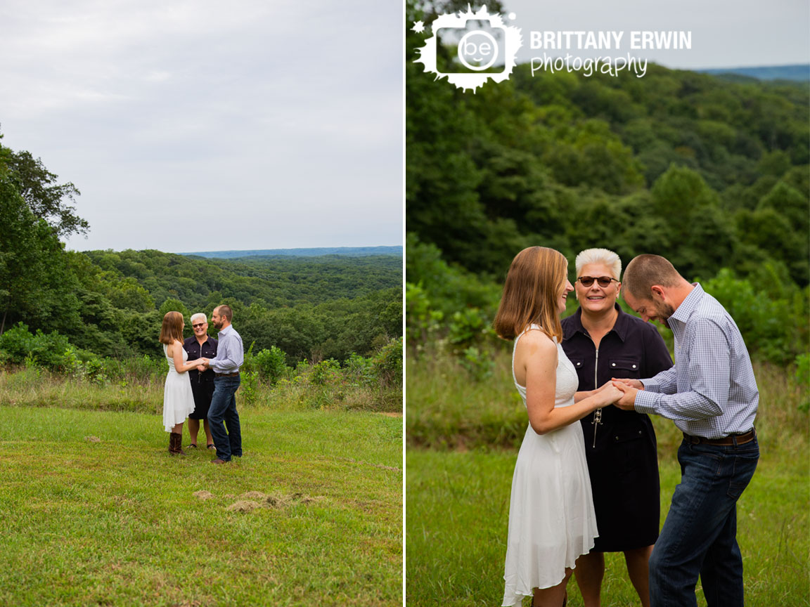 Hesitation-Point-overlook-elopement-photographer-couple-on-hill-exchanging-vows.jpg