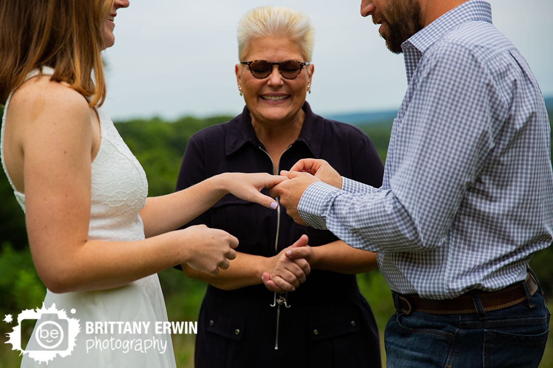 Brown-County-park-elopement-photographer-exchange-rings.jpg