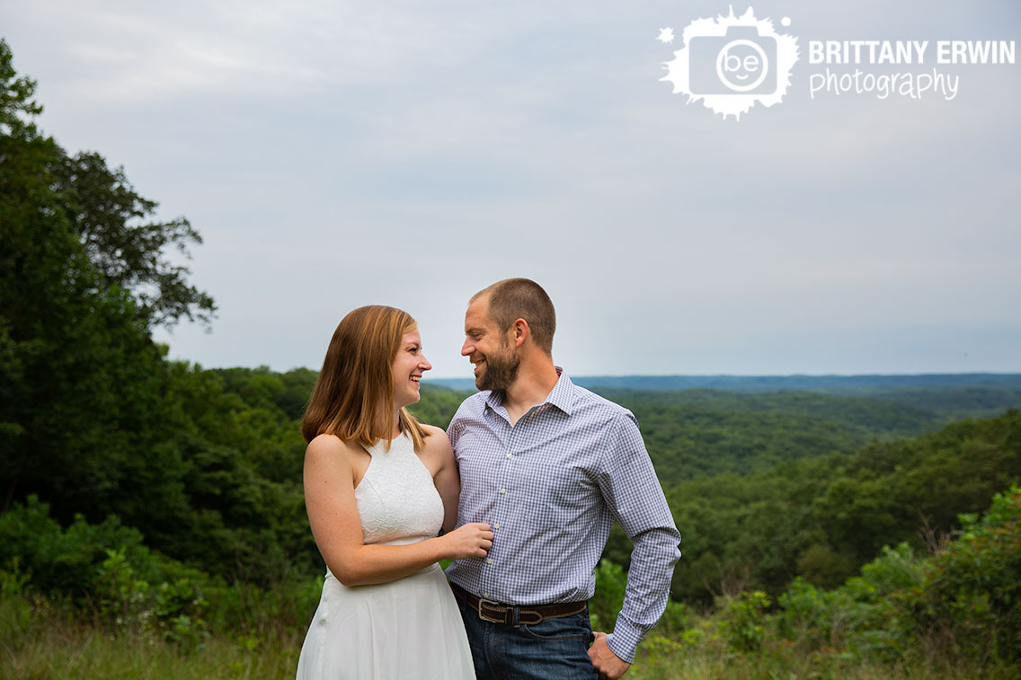 Indiana-state-park-brown-county-elopement-portrait-photographer-couple-at-hesitation-point.jpg