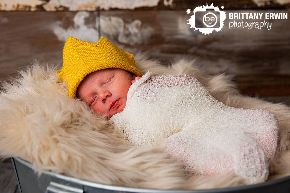 Indianapolis-newborn-portrait-photographer-crochet-yellow-crown-hat-sleepy-boy.jpg