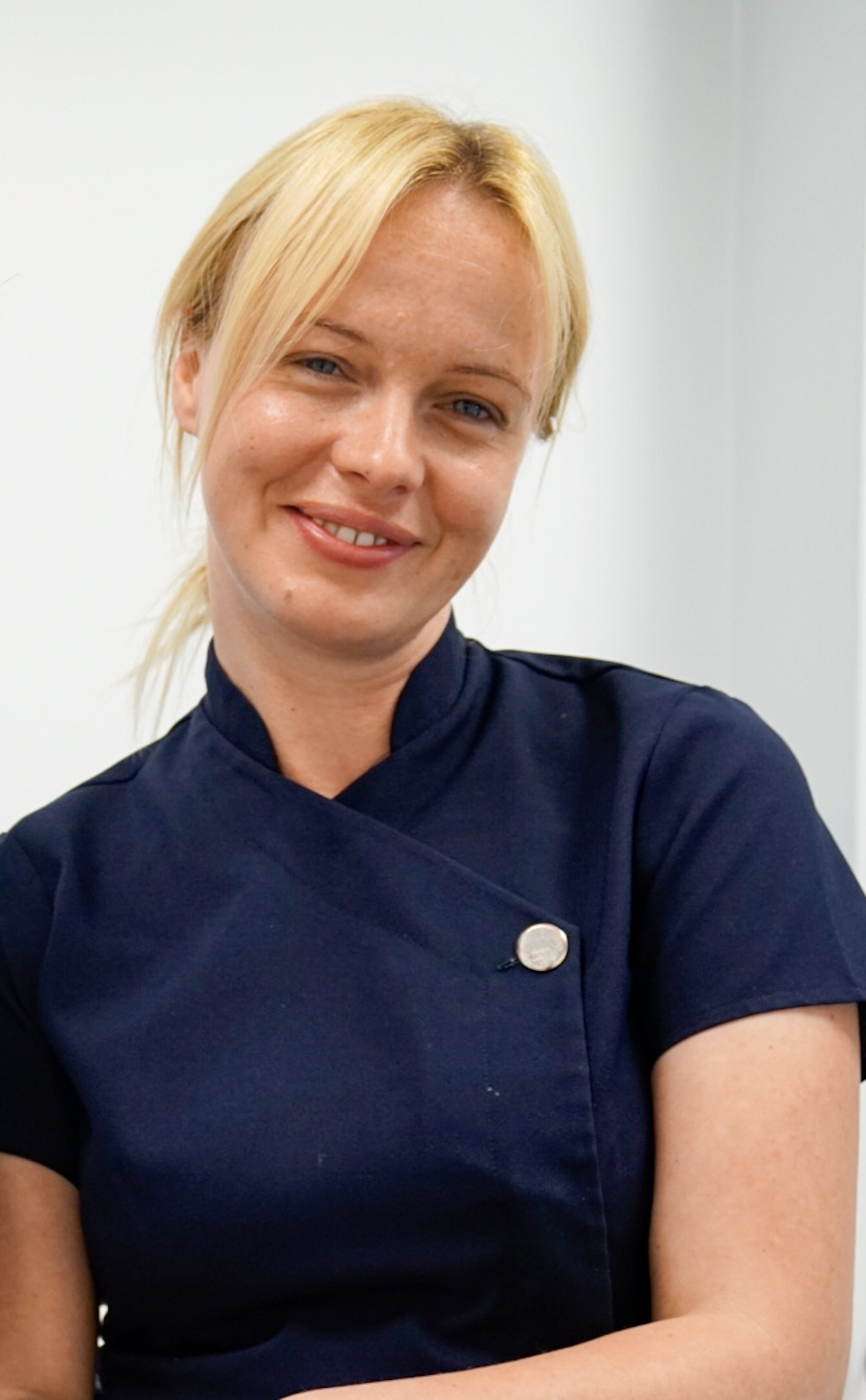 Anna - Qualified Dental Nurse