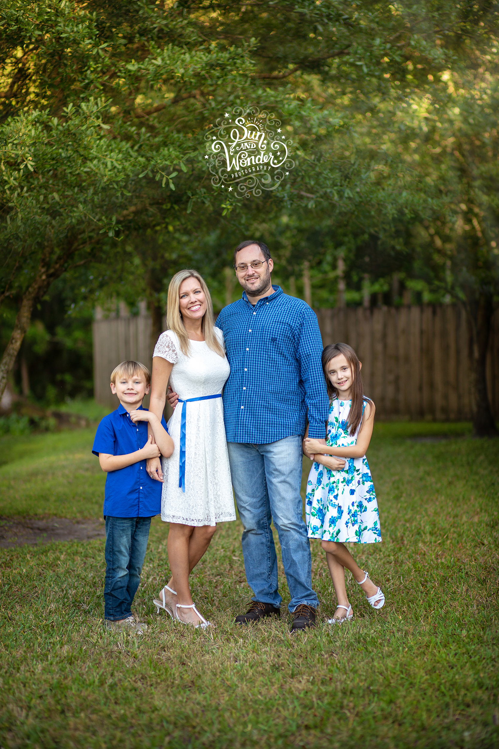 Sun and Wonder - Family Portrait Sessions