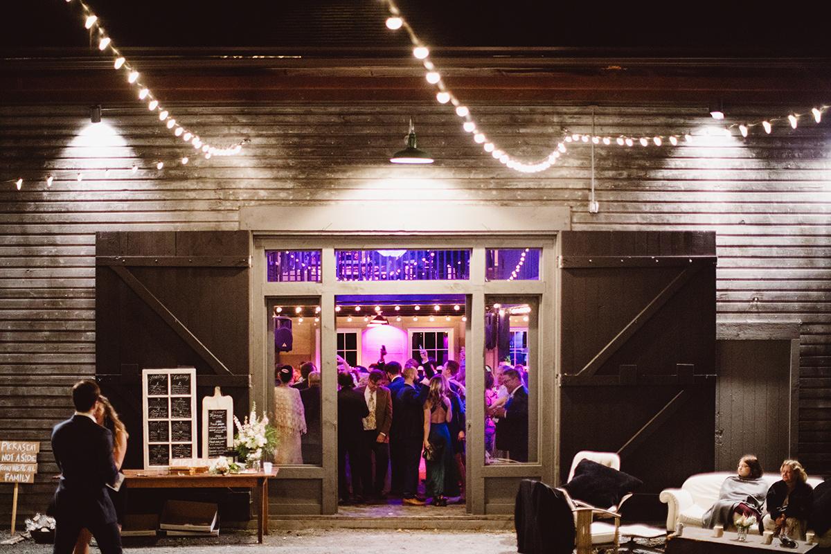145 jeff_steph_wedding_2017-1307.jpg
