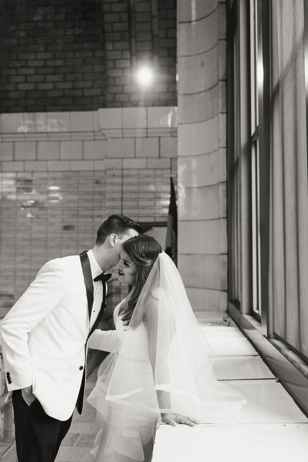Maddie-Mike-Cleveland-wedding-Sophie-Berard-Photography-6485-2.jpg