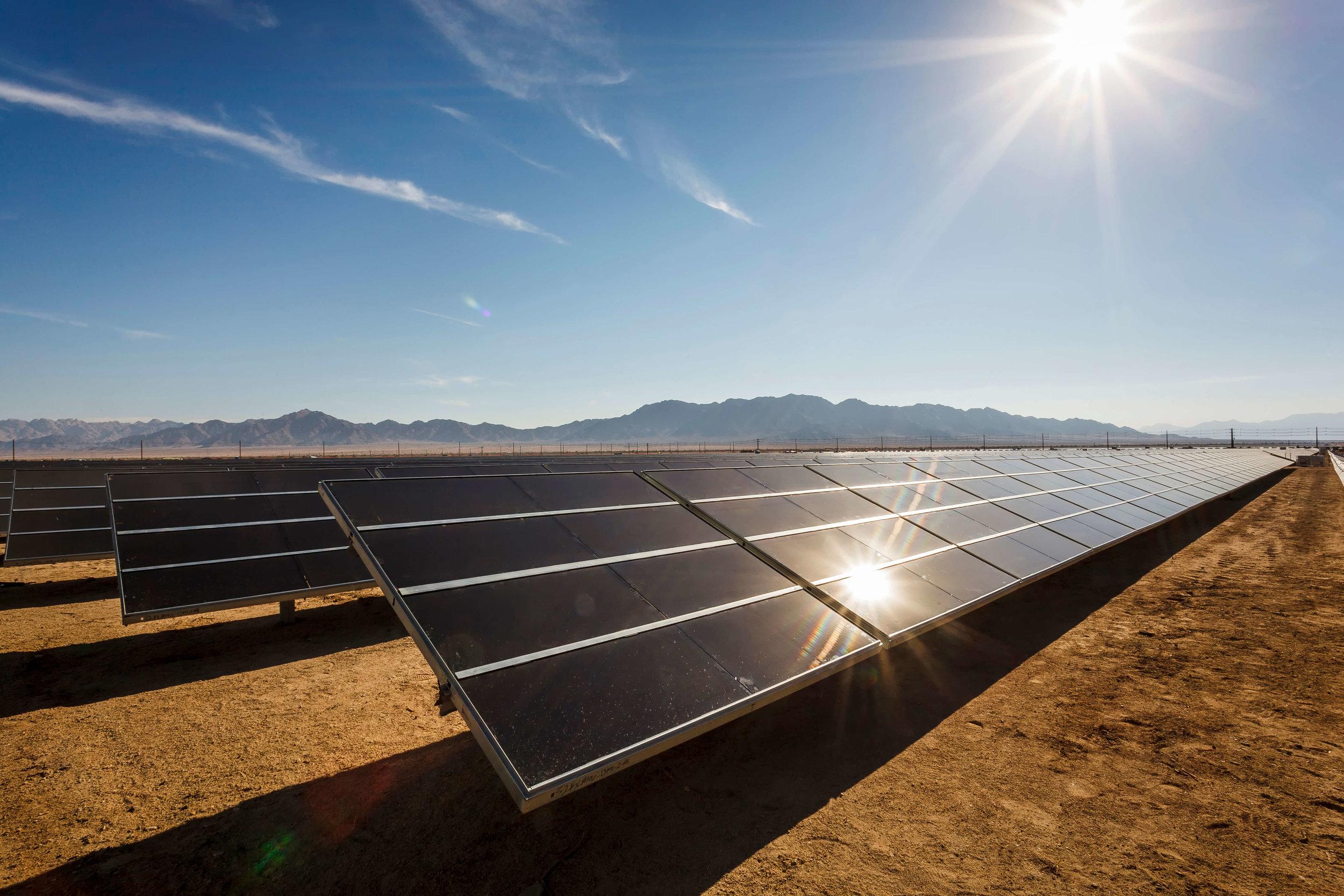 1-Desert-Sunlight-Visitor-Center-The Sibbett Group-PV-Modules-Drew Metzger.jpg