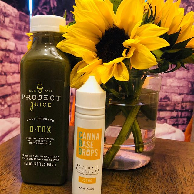 Need to DETOX before your Sat night RETOX? Try project juice - the true honest juice and Cannabase drops to enhance and advance @cannabasedrops @projectjuice @hardyoga #cbd #holistichealing #holistichealth #holisticlifestyle