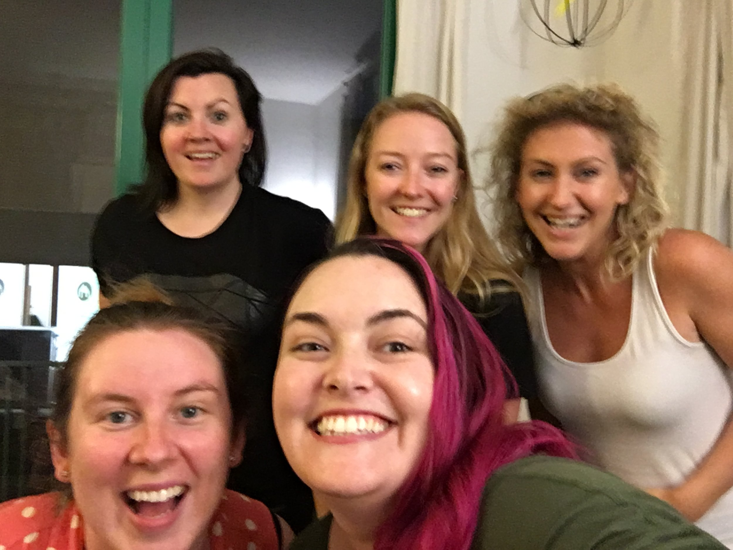 The stunning Beck Power, Jenny Lachs, and Natasha Stanley in a post-interview selfie with Kit + Viv!