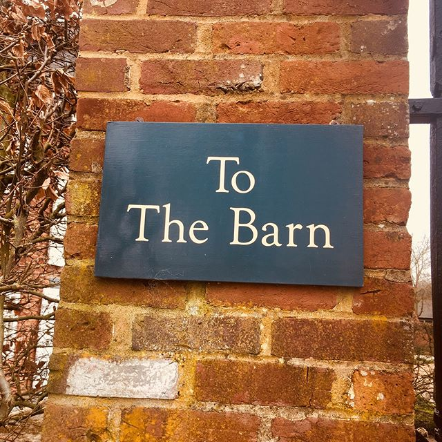 Lovely to back at Bury Court Barn in Bentley. Refreshing my memory of space.  This time not for my wedding but setting up camp for my bride and grooms little guests! #weddings #memories #kidsatweddings #burycourtbarn #september #preferredsupplier #weddings2019 #surreyweddings #thelittletents