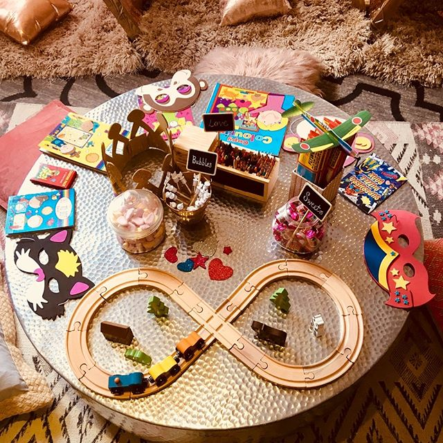 Another addition to the arts and crafts table. The classic wooden train and track... I hope the little ones enjoyed this set up! #surreyweddings #newideas #weddings #childrenatweddings #brightideas #kidscamp