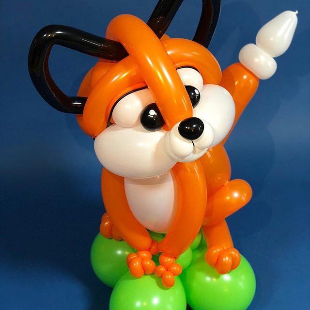 Interested Fox is interested! #fox #furry #adorbs #balloondecor #eventprofs #austinevents #austineventplanner #theballooncollective