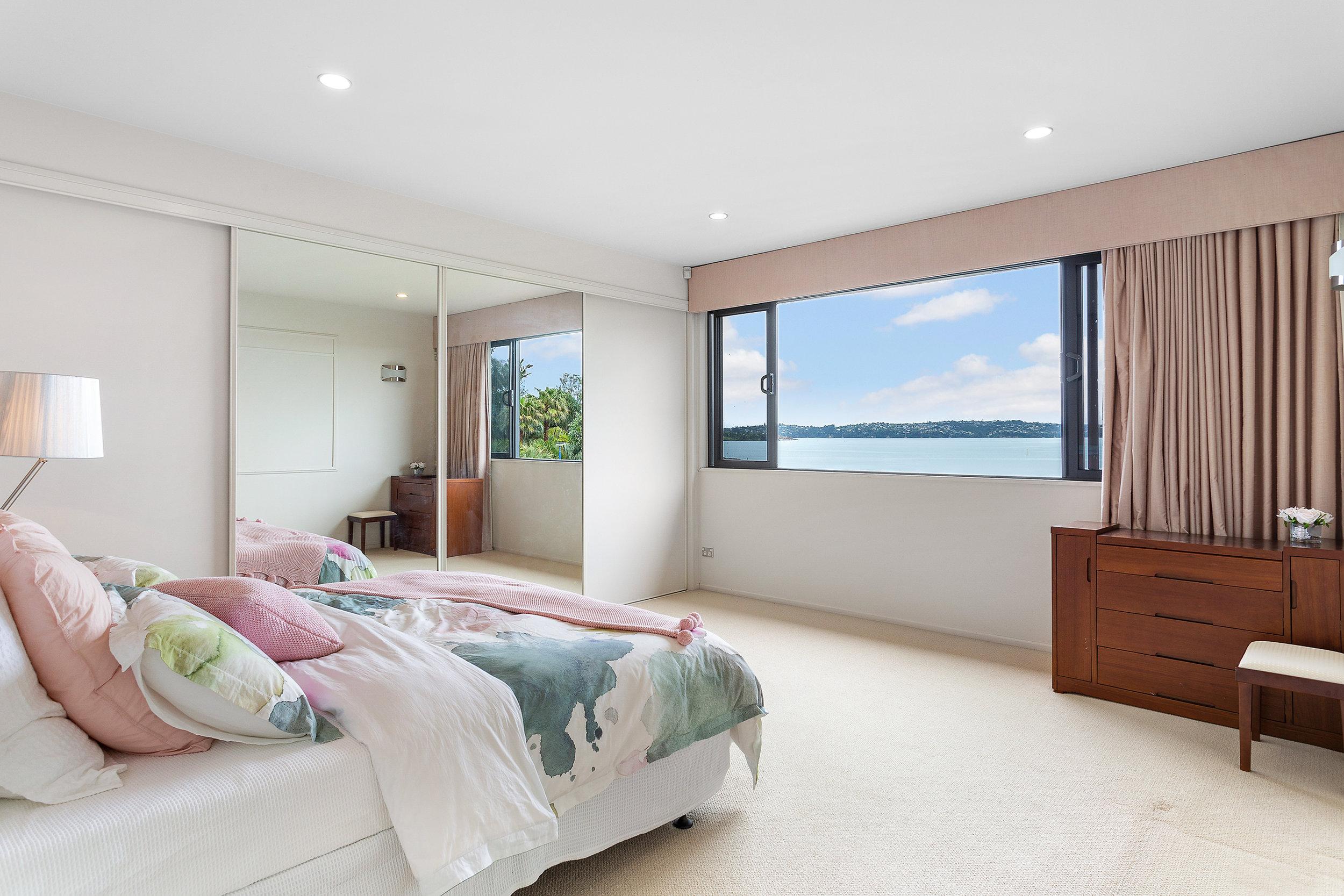 Bed14.jpg