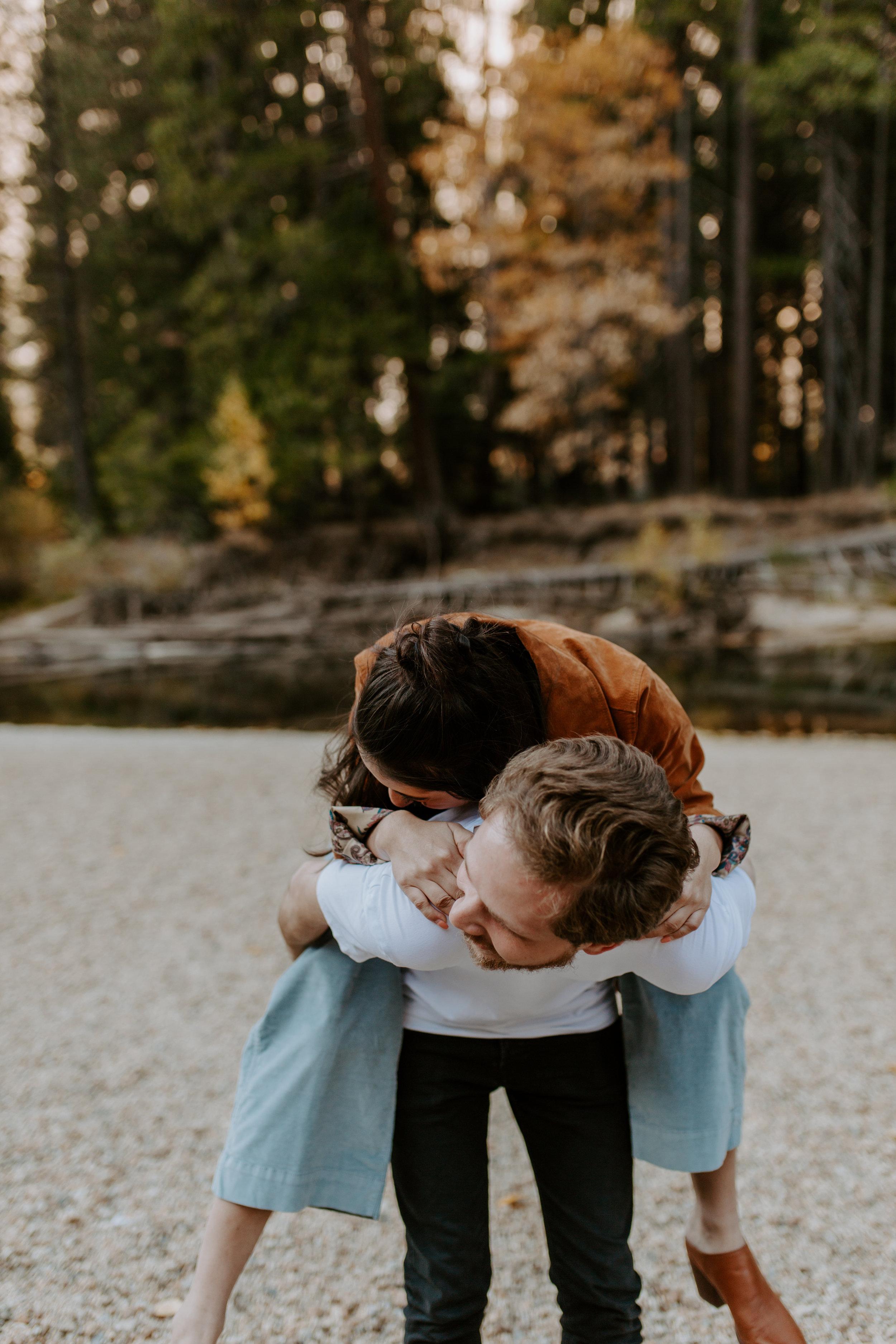 yosemite_valley_couple_session_october_28_2018_maia_chloe_photo_sabrina_and_oleg