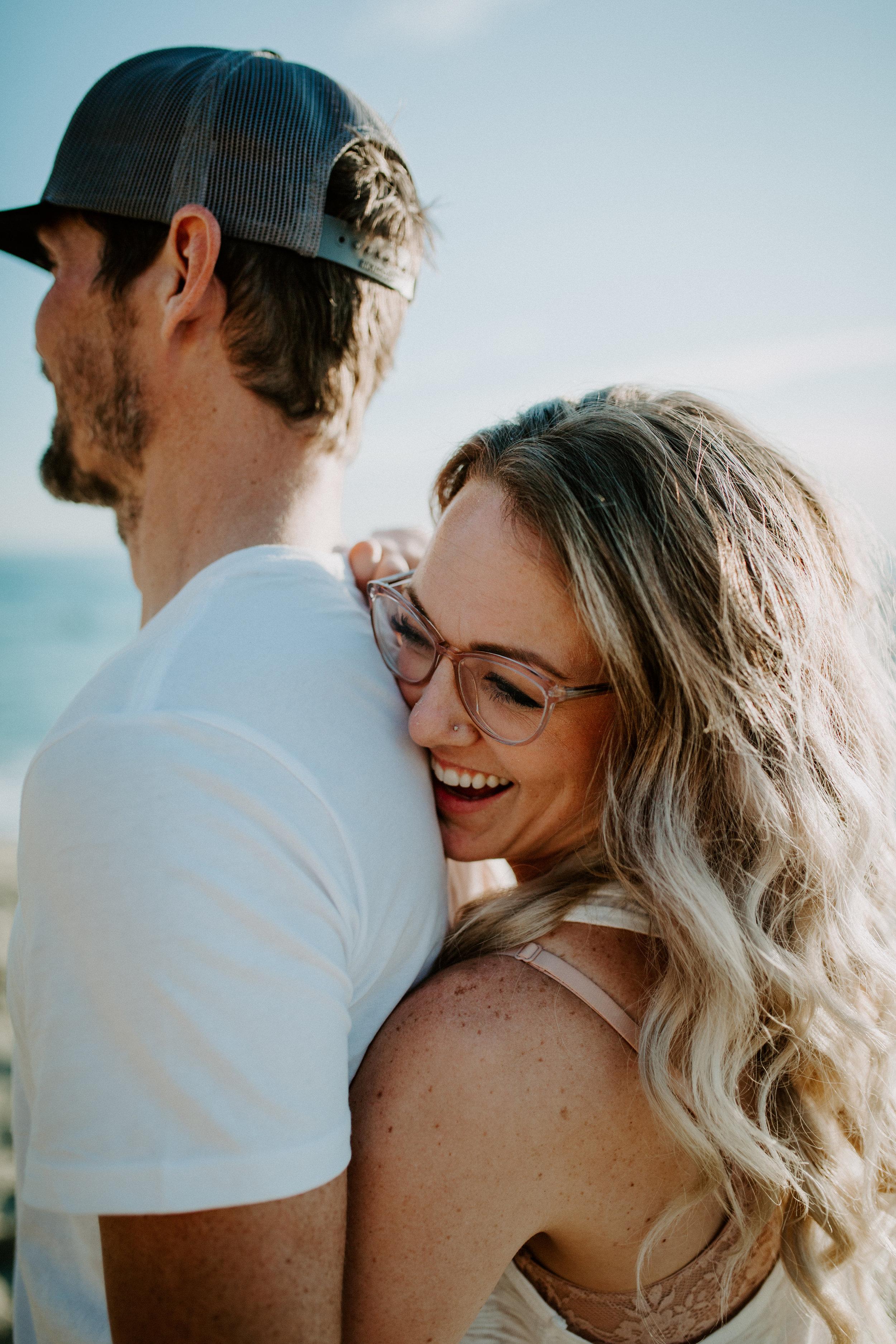laguna_beach_couple_photoshoot_mae_tyler_california_november_maia_chloe_photo