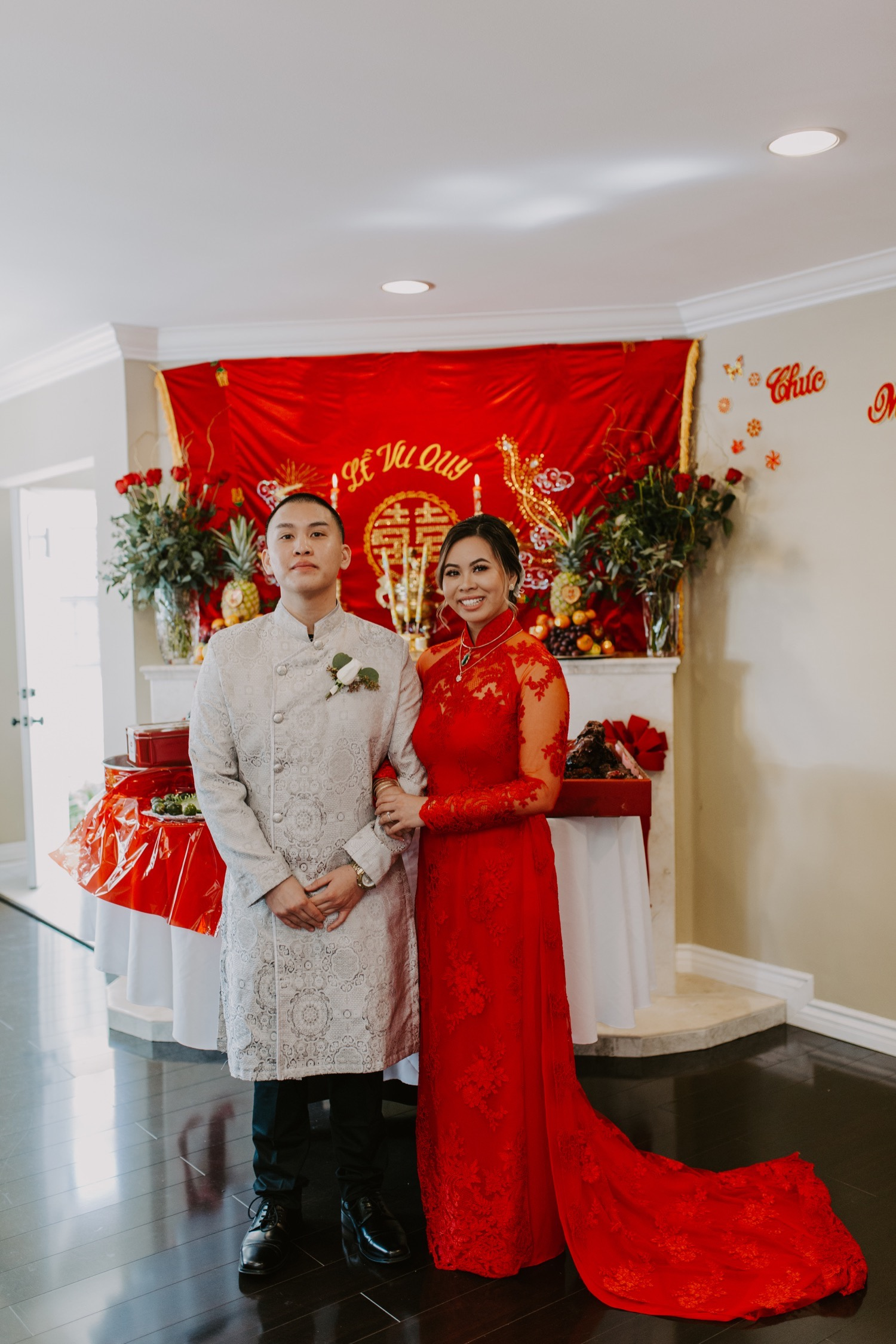 twenty-eight-irvine-wedding-california-traditional-vietnamese-tea-ceremony11.jpg