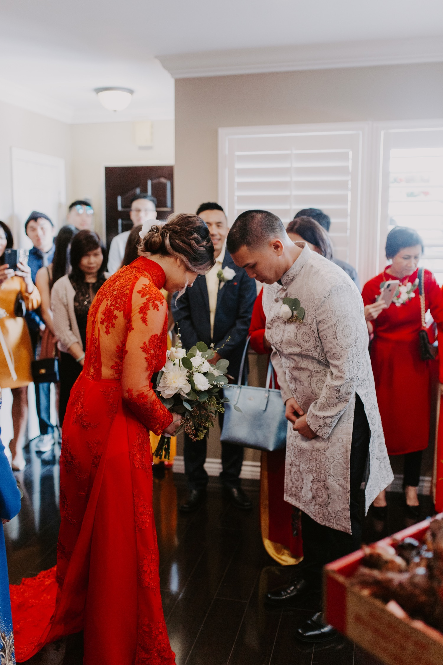 twenty-eight-irvine-wedding-california-traditional-vietnamese-tea-ceremony06.jpg