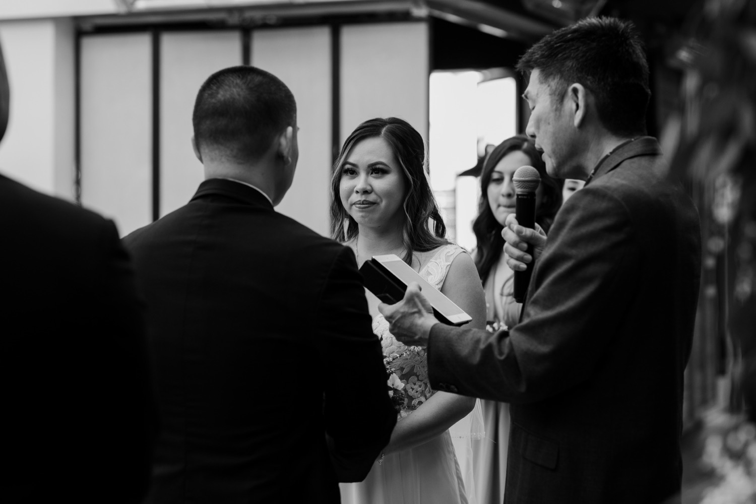 twenty-eight-irvine-wedding-california-traditional-vietnamese-tea-ceremony42.jpg