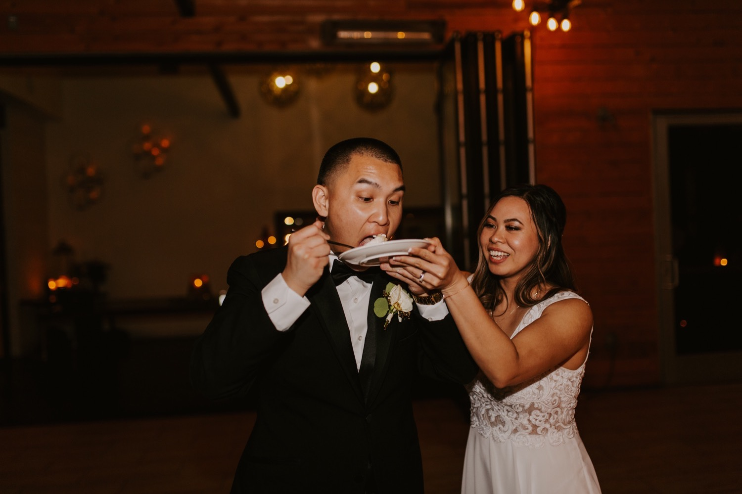 twenty-eight-irvine-wedding-california-traditional-vietnamese-tea-ceremony83.jpg
