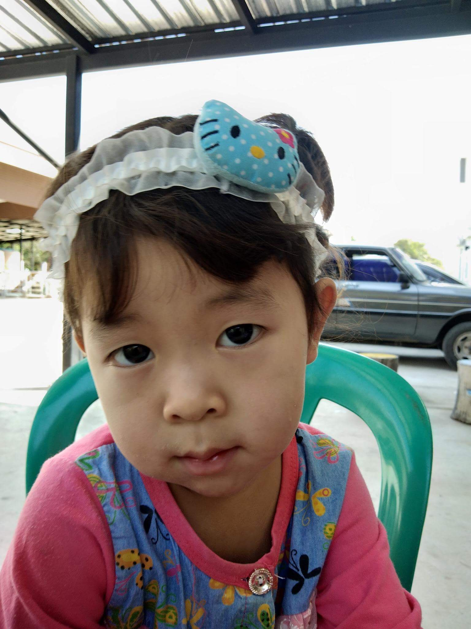 Hom (2 years old, Girl)