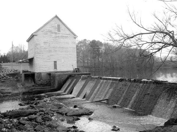 Boddie-Mill-building-photo-bw.jpg