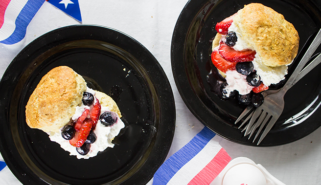 These cookies are cake-like and the perfect dessert for a summer cookout. Follow our recipe for a sweet, creamy filling, or fill with a dollop of your favorite ice cream or whipped cream!