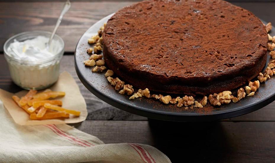 flourless-orange-chocolate-cake-with-walnuts.jpg