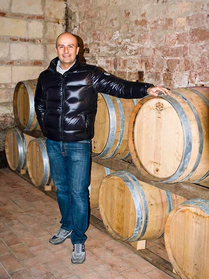 CASTELLO DI UVIGLIE producer photo.jpg