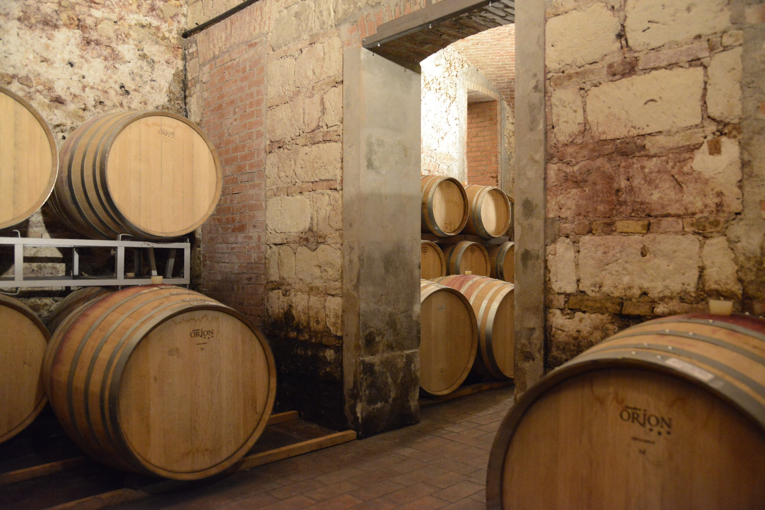CASTELLO DI UVIGLIE winery photo.jpg