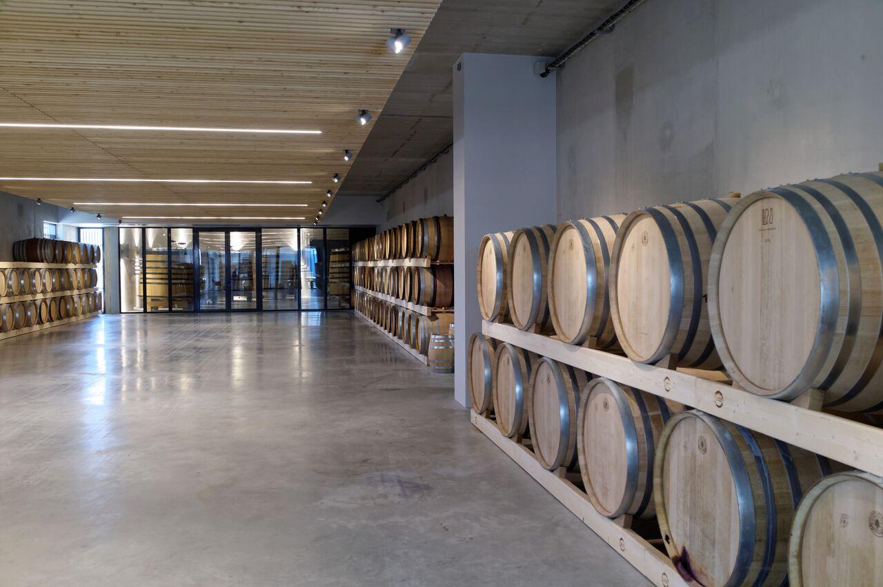BADET C photo Winery Barrel cellar 2_preview.jpg