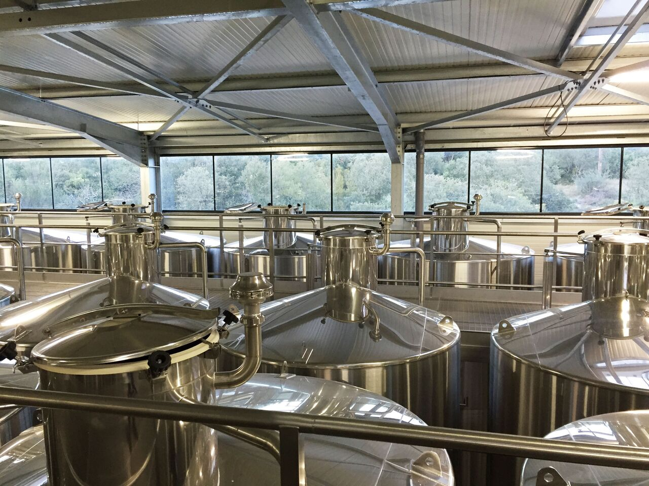 BADET C photo Winery Stainless Steel Tanks 1_preview.jpg
