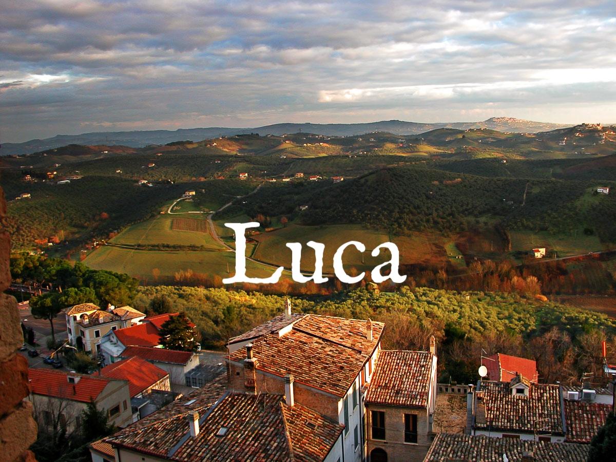 abruzzo-vineyards-bred-blog.jpg