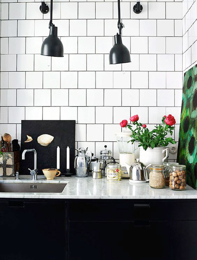 white square with black grout via  my scandinavian home