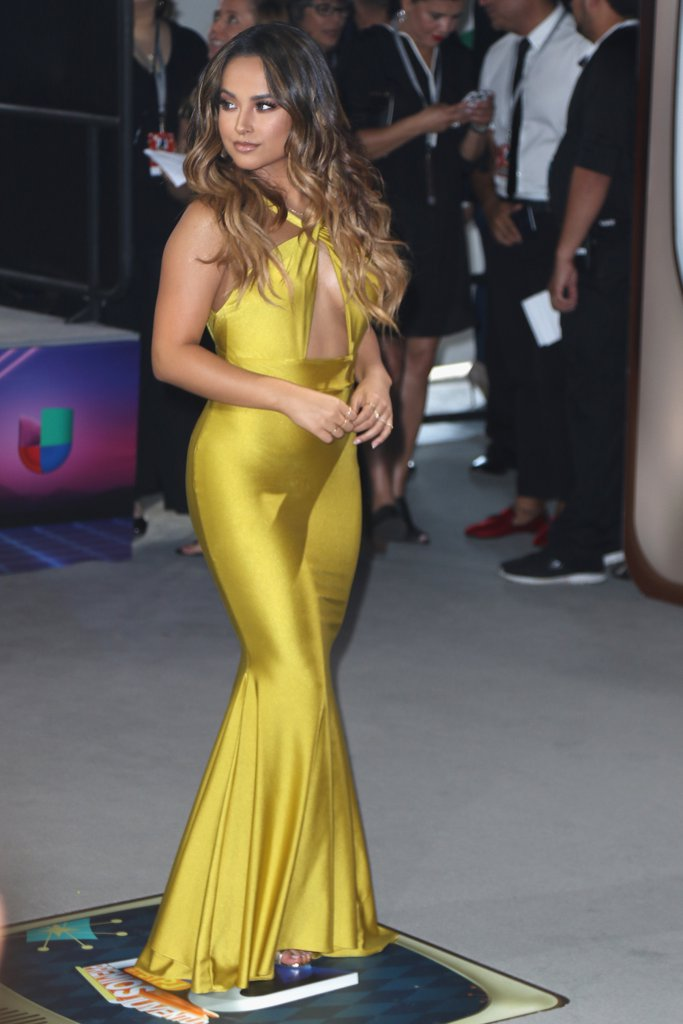 Becky-G-Michael-Costello-Dress-Premios-Juventud-2016.jpg