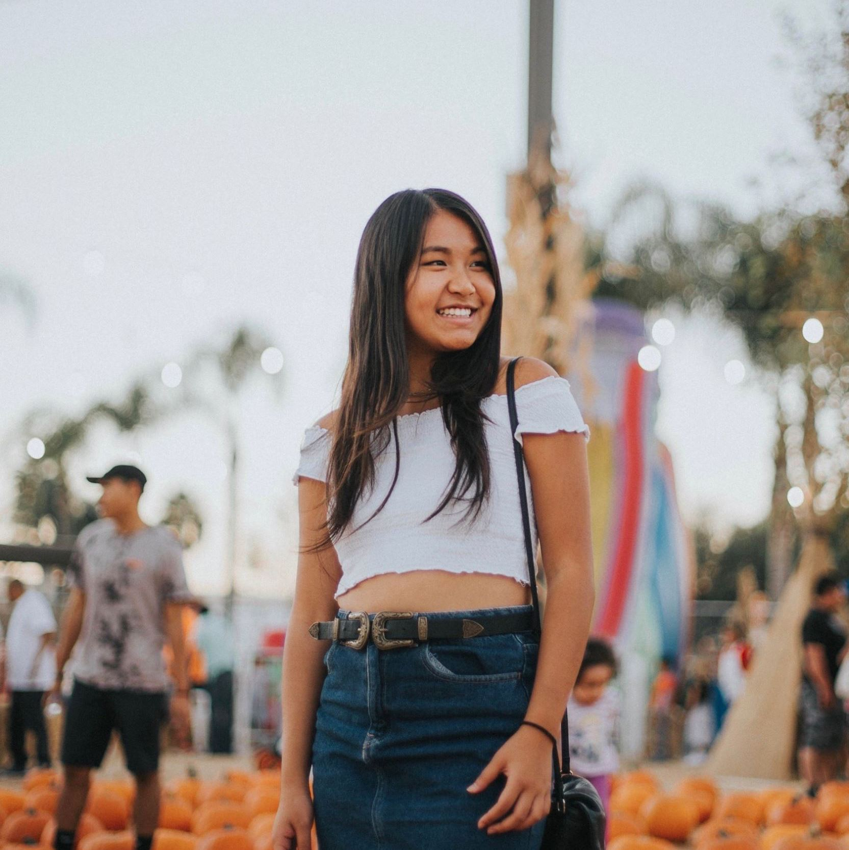 Melissa Seah    Joined Fall 2017   Founder  Non-profit founder Former product marketing manager intern at Google