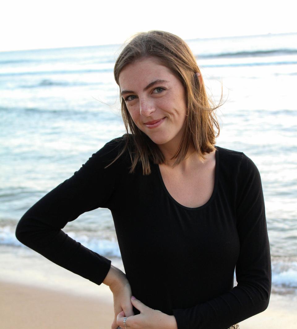 Megan (@ tunesandtunics