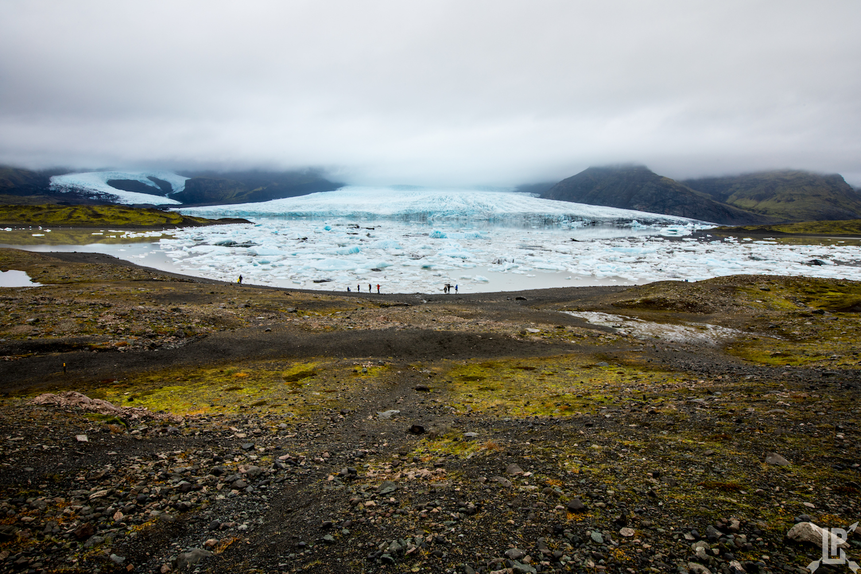 The Jökulsárlón lagoon. Great blue and green contrast!    Canon 5D Mark IV,16-35mm |f/22, 1/8 sec ISO 100