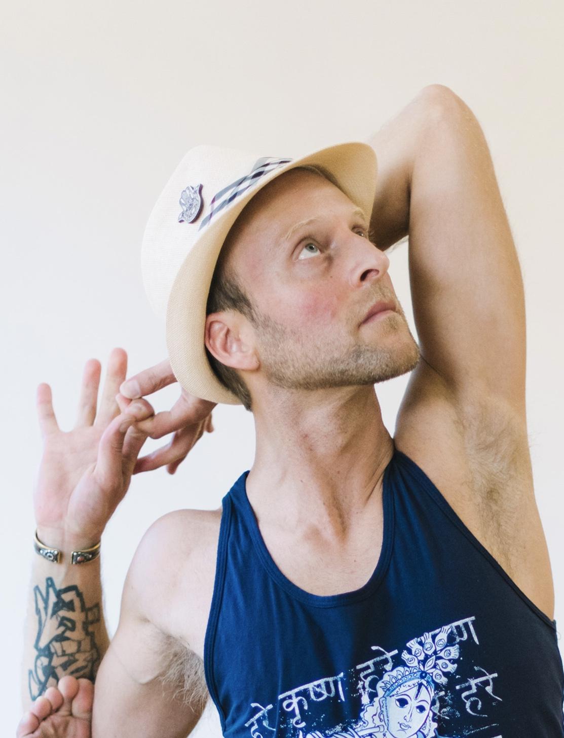 Bhakti Flow Teacher and World Music Recording Artist Nat Kendall Gust Teaching Yoga Punx PDX Class.