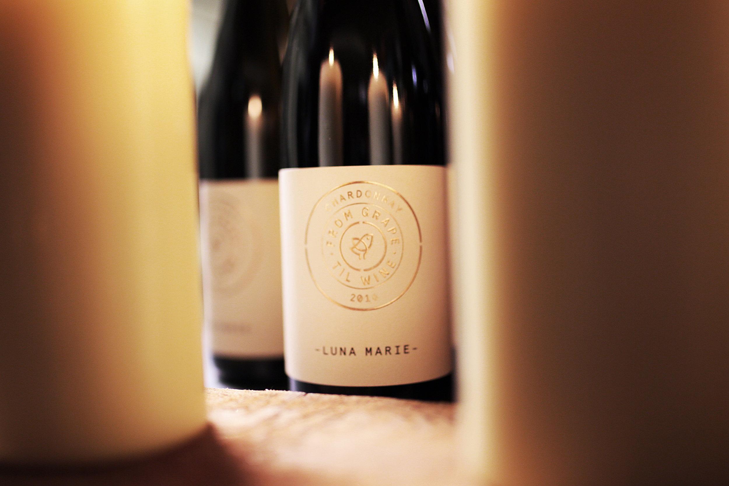 """6. Luna Marie, Chardonnay 2016 aus der """"From Grape Til Wine – Pure Emotion in Flaschen"""" Reihe der ab sofort bei HAWESKO zum Preis von 24,90€ online bestellbar ist©Nina Stiller.jpg"""