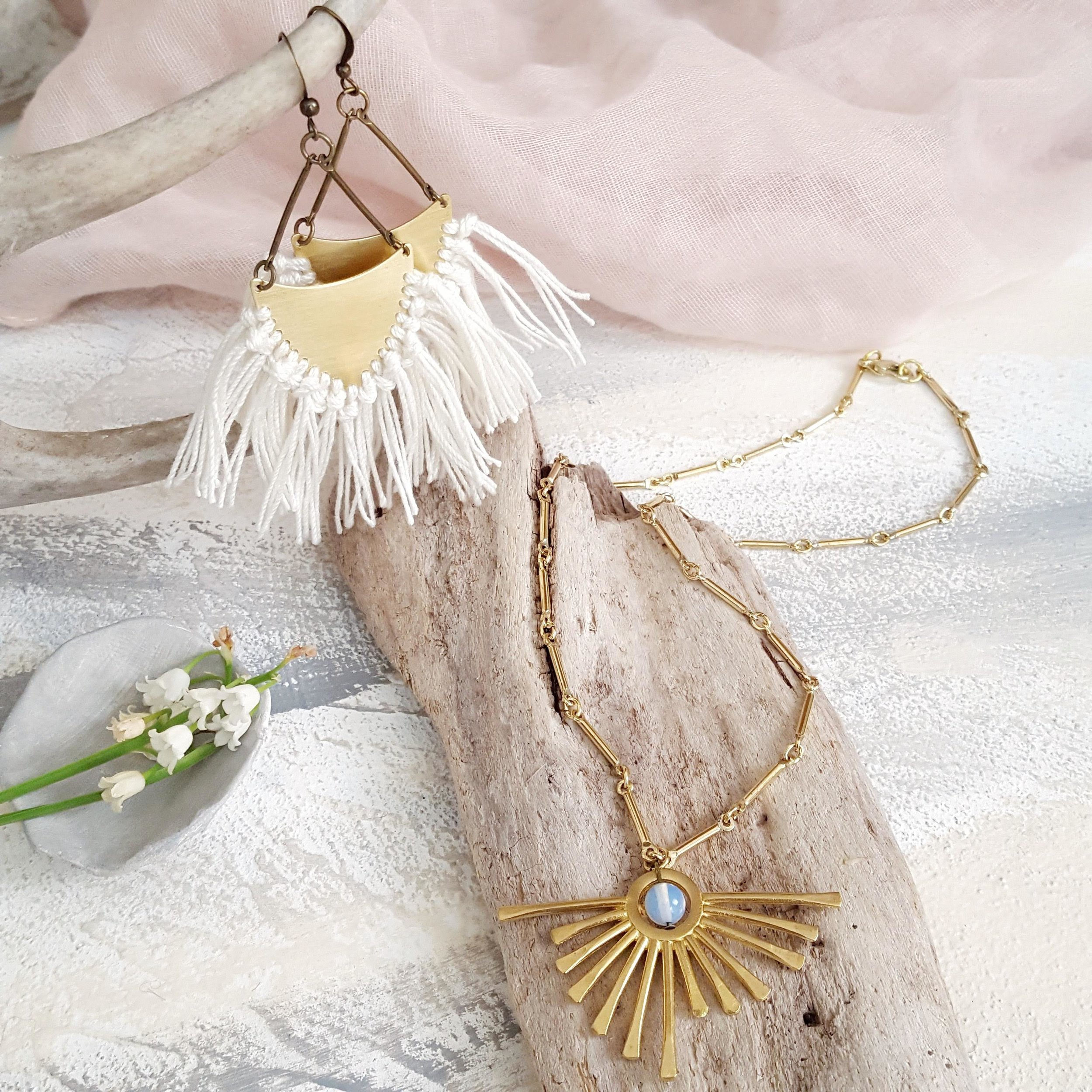 Fringe earrings sunburst necklace