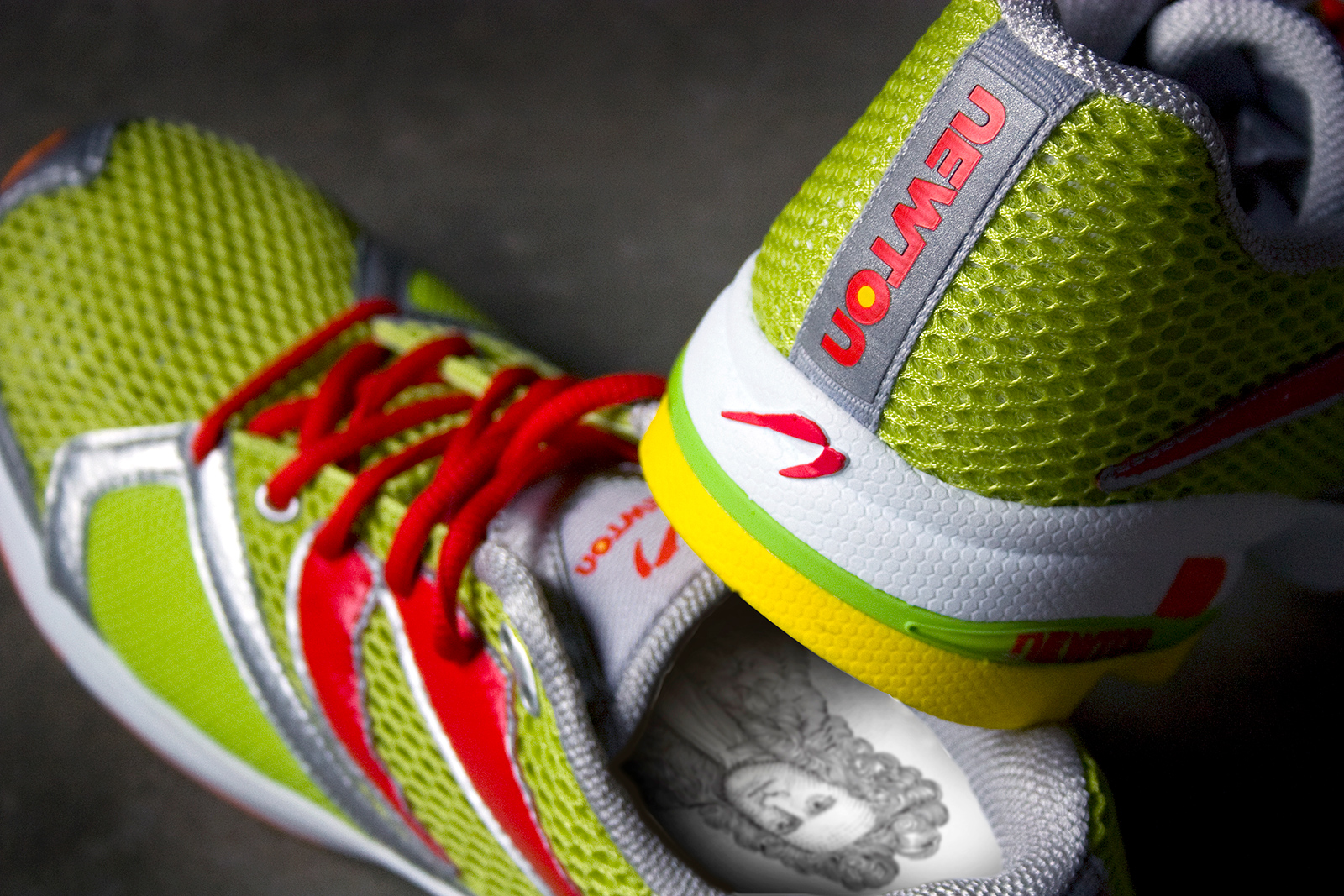 Sir Isaac Newton looking up at you from the custom insole. Details like this brought a cult following to the brand.