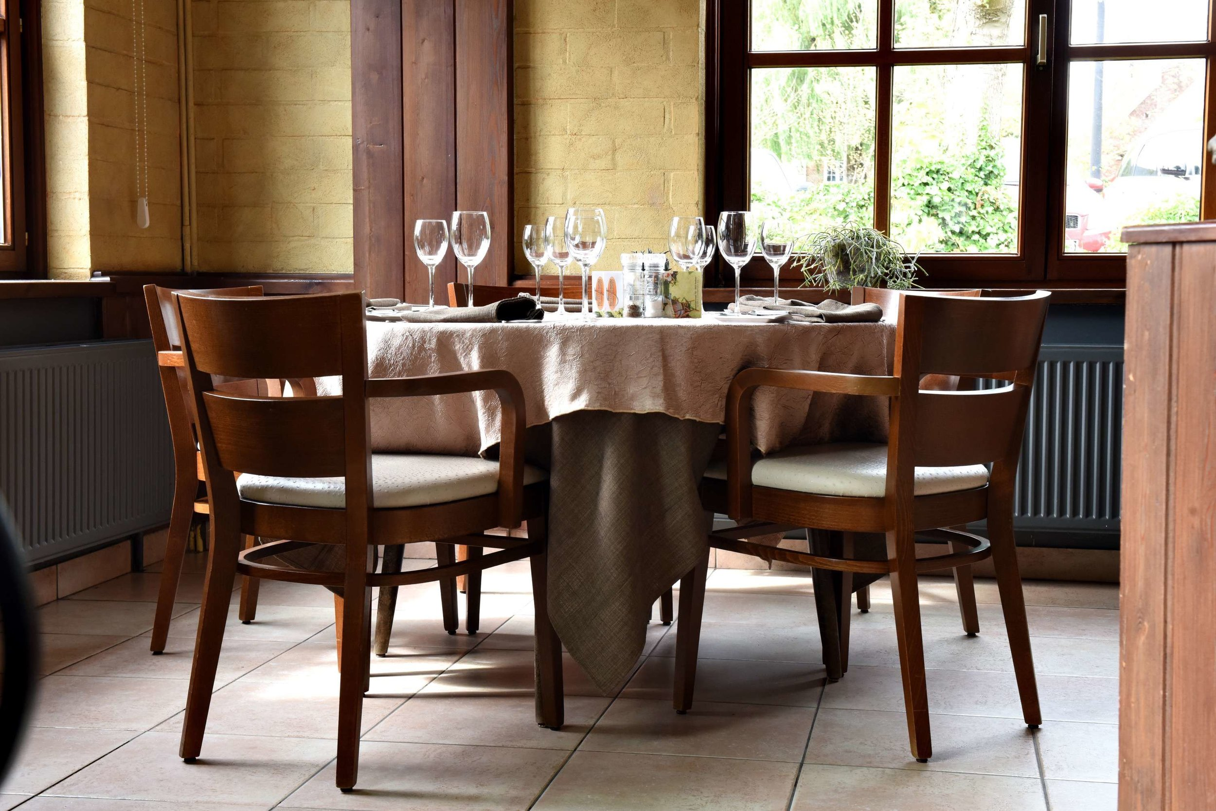 terras feestzaal au beau jardin rekkem restaurant feestzaal brasserie rekkem menen tablefever bart albrecht 17.jpg