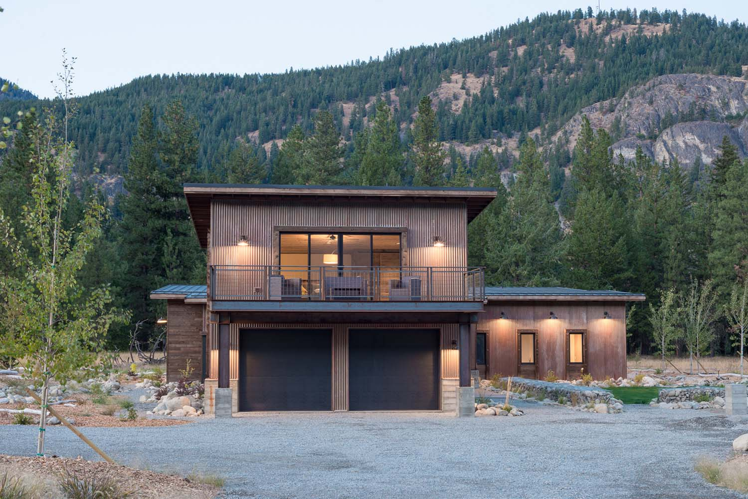 WEB7+-+Mazama+House+-+Designs+Northwest+Architects+-+Swift+Studio+-+2048px (1).jpg